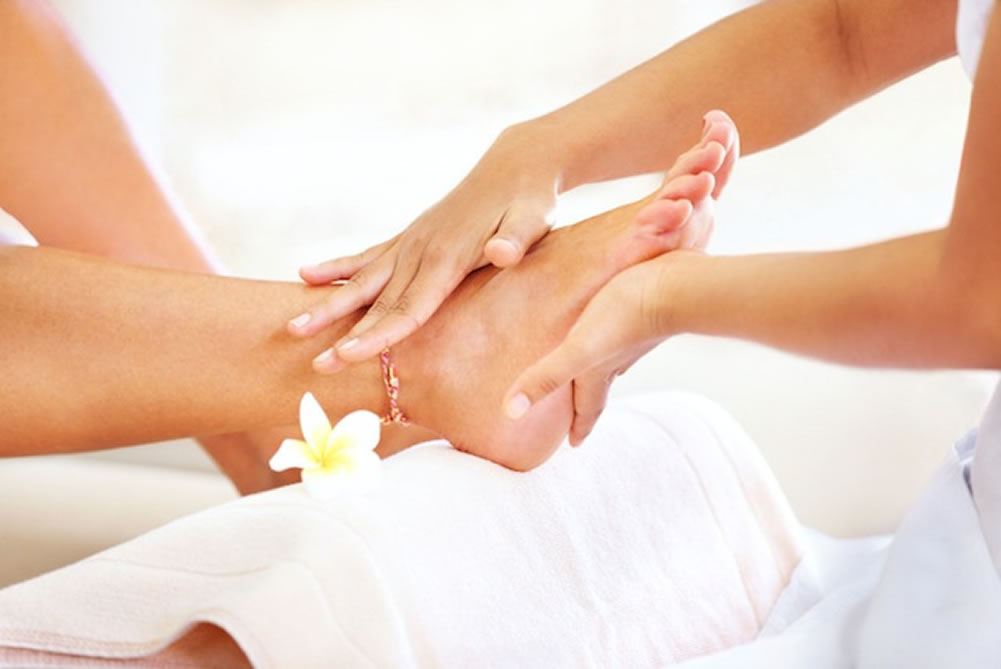 Mothers_Day_Mat_2021_Spa_Pedicure